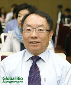 簡榮南  台灣肝臟研究學會理事長