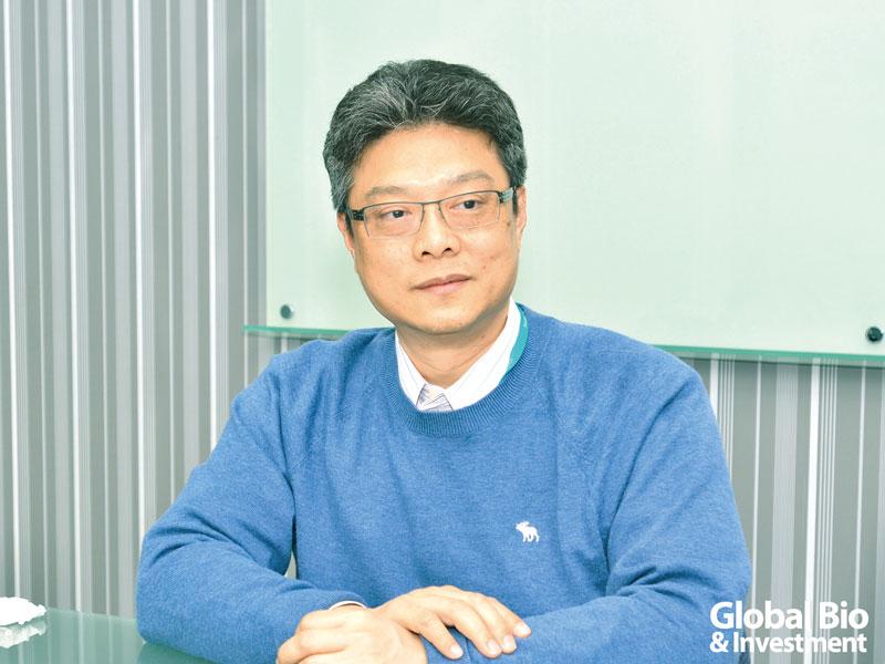 法德董事長黃逸斌