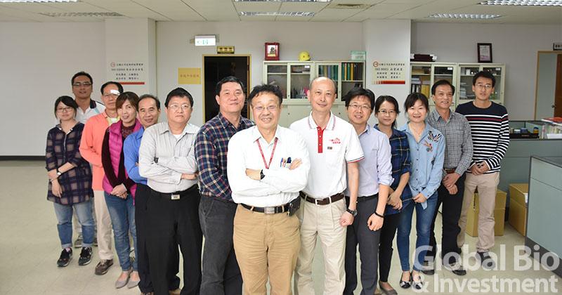 黃民生與黃怡仁與團隊DSC_6107-fb-fb-ok