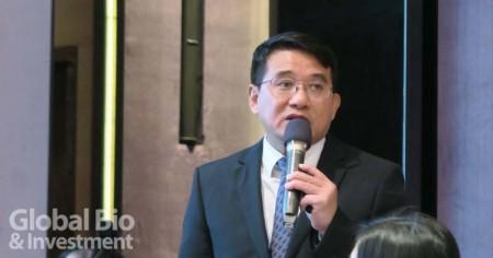 康友董事長黃文烈於今日法說會親自報告。(攝/環球生技月刊)