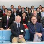 吳政忠委員( 上圖前排右一) 率領臺灣生技研發重要單位代表 參訪波士頓默克(Merck) 全球研發中心、並拜會默克集團生物 製藥事業全球研發總裁Luciano Rossetti ( 下圖前排右一)。