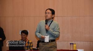 陽明大學生物醫學影像暨放射科教授楊逢羿。(攝影:李林璦)