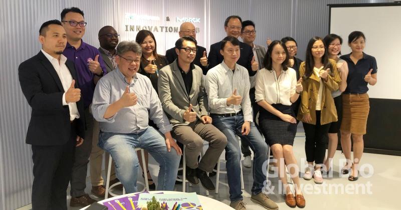 永齡基金會、默克與獲選的4組新創團隊(攝影/巫芝岳)