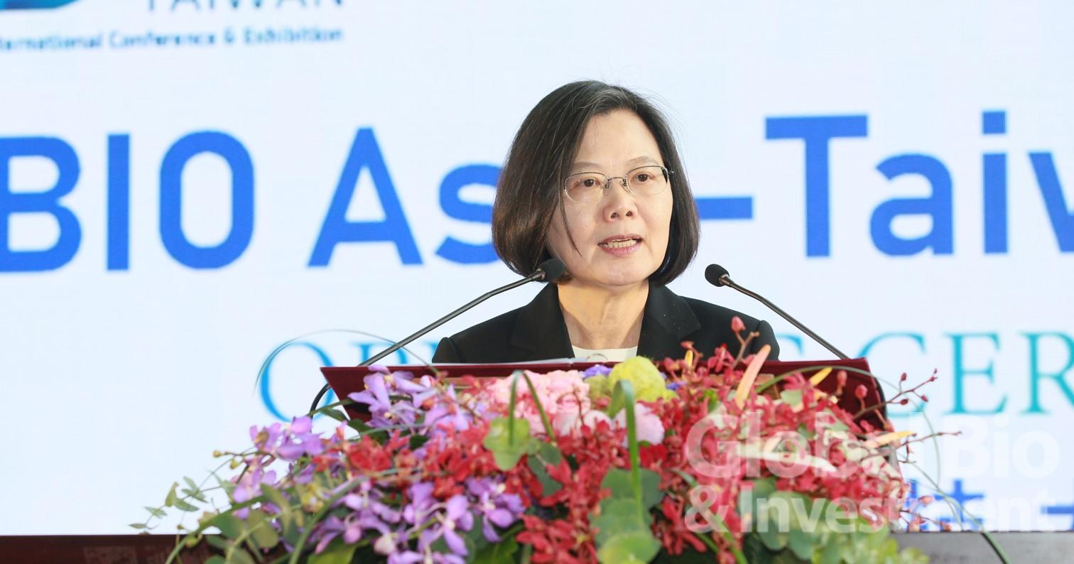 總統蔡英文表示,臺灣生醫產業在2018年表現非常亮眼。(攝影:彭定凱)