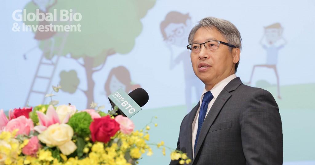 臺灣之光!廖俊智獲頒2019諾維信傑出化學及生化工程獎。