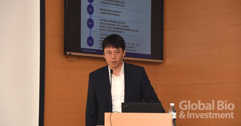 向榮生醫科技董事長蔡嘉櫸表示,相較於目前特管辦法開放的都是自體免疫細胞治療,向榮是以幹細胞新藥及再生醫療製劑開發為主力的公司。(攝影/巫芝岳)