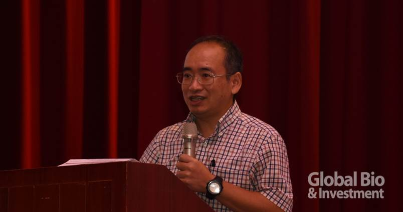 陽明大學生醫光電研究所副教授陳浩夫。(攝影:李林璦)