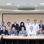 陽明大學、交通大學與臺北榮民總醫院成立研發聯盟,將優先投入快篩試劑與抗病毒藥物研發。(圖片/陽明提供)