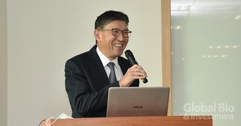 臺北醫學大學附設醫院院長陳瑞杰認為,臺灣醫療AI還在起步的階段,目前只能做到自動化、輔助人力,離要做到決策仍有一段路。 (攝影/彭梓涵)