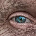 Allergan的青光眼植入物獲FDA首個批准, 無須眼藥水、一次維持一年。(圖片取自網絡)