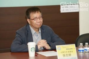張志榮表示, 從目前正在競速的生技大賽中,觀察到經驗和AI的結合,協助很多疫苗的開發和藥物的發展。(攝影/林嘉慶)
