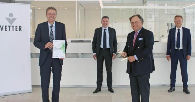 注射藥物CDMO大廠Vetter 獲德國Axia最佳管理公司獎 (圖片來源: Vetter 提供)