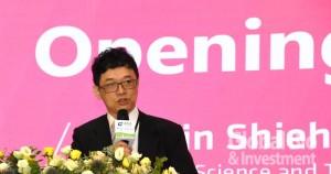 謝達斌表示,在新冠病毒大流行之下,能如期舉行2020亞洲生技大會是相當不容易之事。(攝影/李林璦)