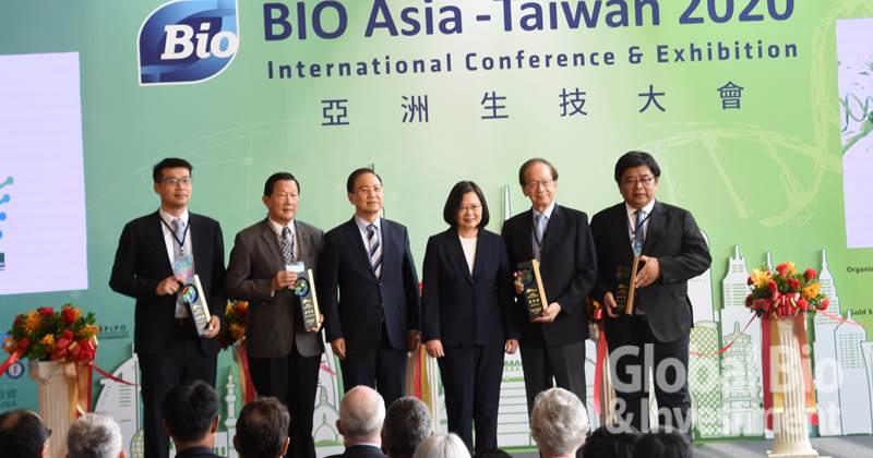 永信藥品、鐿鈦科技、生展生技與興農勇奪「產業金質獎」