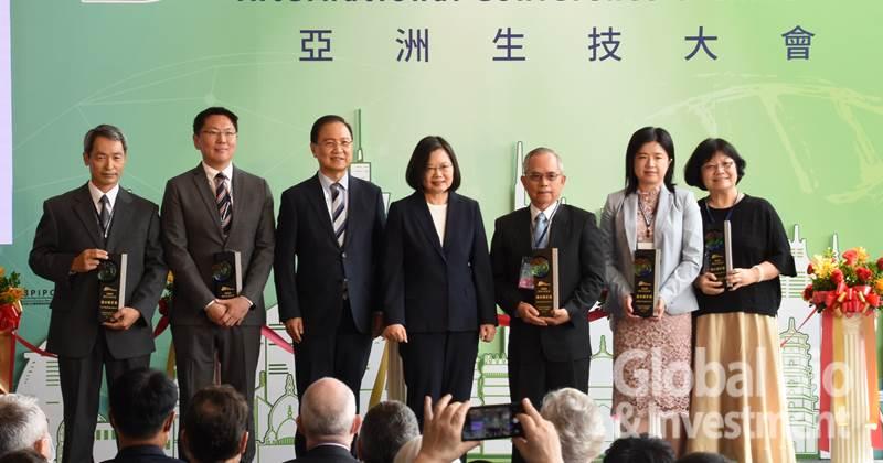 新旭生技、全福生技、台灣圓點奈米、艾克夏醫療儀器、晨暉生技榮獲「潛力標竿獎」