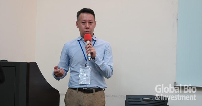 北醫暨馬偕醫院劉天仁醫師,從其自身的美國矽谷經驗,說明生醫創新的跨領域合作。(攝影/吳培安)